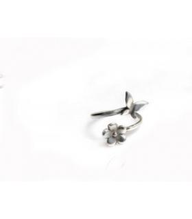 بند انگشتی نقره دستساز طرح پروانه و گل S117
