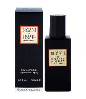 عطر زنانه رابرت پیگیت بلاسم Robert Piguet Blossom for women