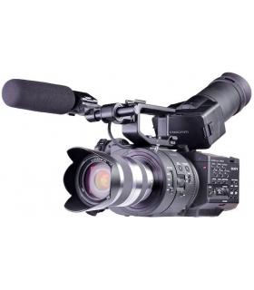 دوربین فیلمبرداری سونی با لنز Sony NEX-FS700R Camcorder With 18-200mm Lens