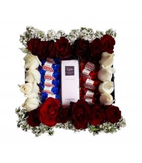 پک هدیه عطر با شکلات و گل رز هلندی