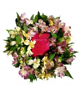 پک هدیه عطر و گل آلسترومریا